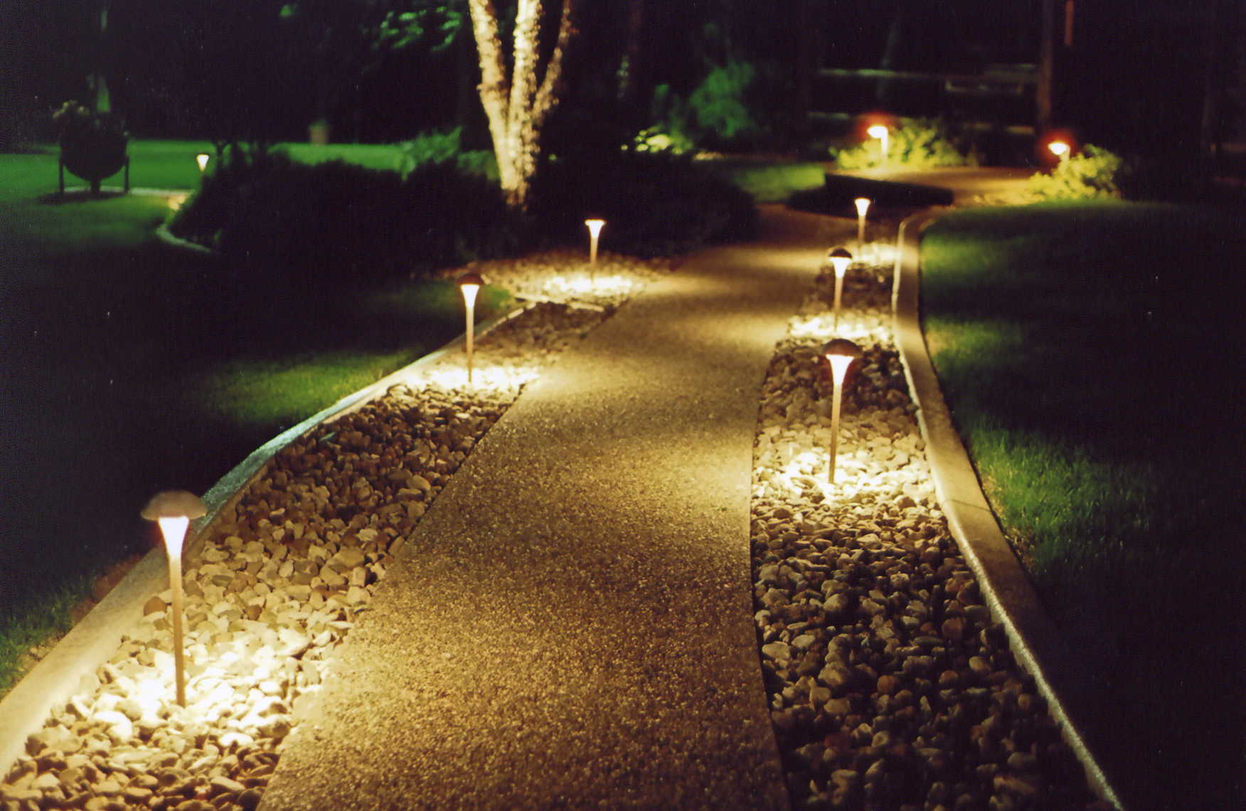 Landscape lighting, Electrician Williamsburg VA Newport News VA